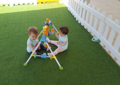 Juegos en el jardín
